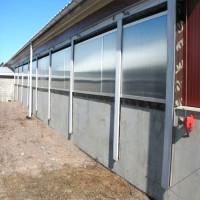 Свето-вентиляционные подъемные окна по деревянным направляющим